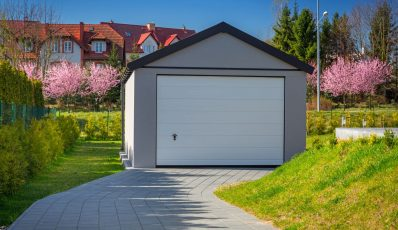 Bau einer Garage aus Betonplatten